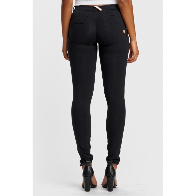 WR.UP® ECOLEATHER - MID WAIST SKINNY - R680 - DEEP CLARET RED