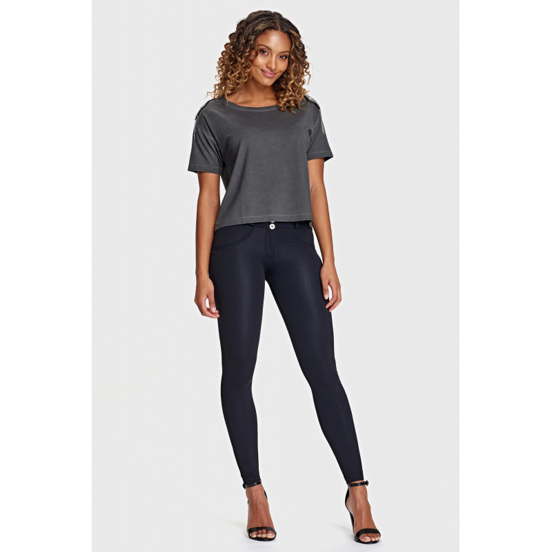 WR.UP® REGULAR WAIST SUPER SKINNY - COATED DENIM EFFECT - N - BLACK